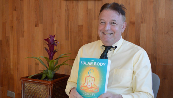 Psychiatrist Jim Westphal Learns to Clear His Head and Manage Stress with Solar Body